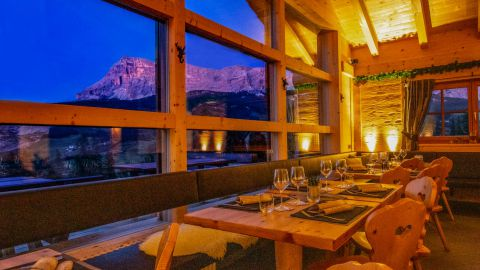 Image: dinners in the mountain hut
